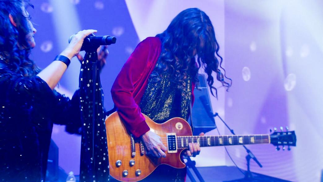 _Ali Guitar 2.jpg