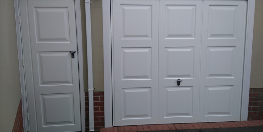 2georgian up and over door with match si