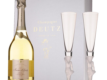 The Perfect Gift for Any Romantic Occasion - Amour de Deutz Blanc de Blancs / Rose Gift Set