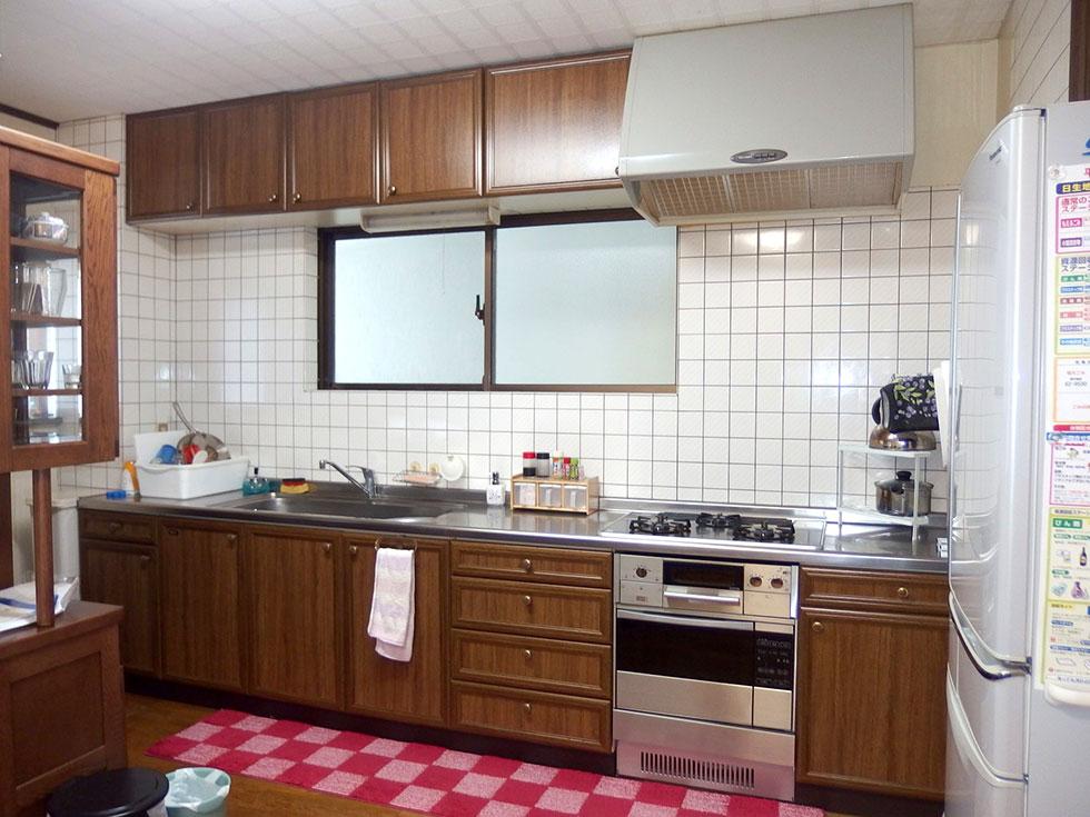 都会的な夫婦のモダンなキッチン-before