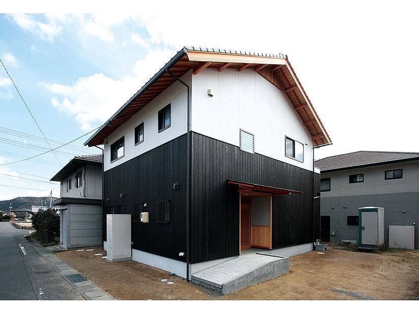 施工事例【新築】暮らしやすらぐ和モダンな家