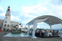 Lighthouse beach weddings