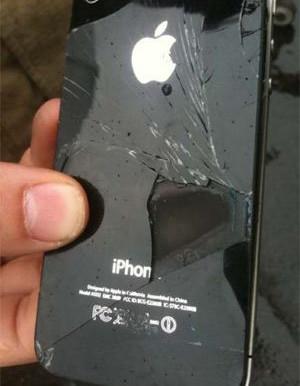 Mauvaise réparation : un iPhone fume en plein vol