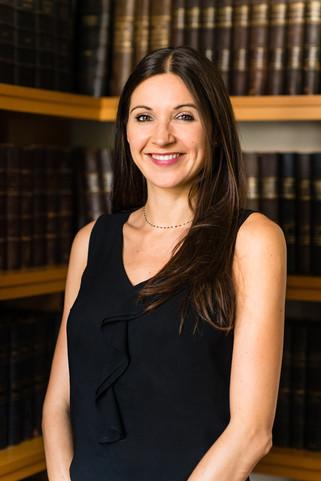 Portrait corporate cabinet d'avocat nîmes
