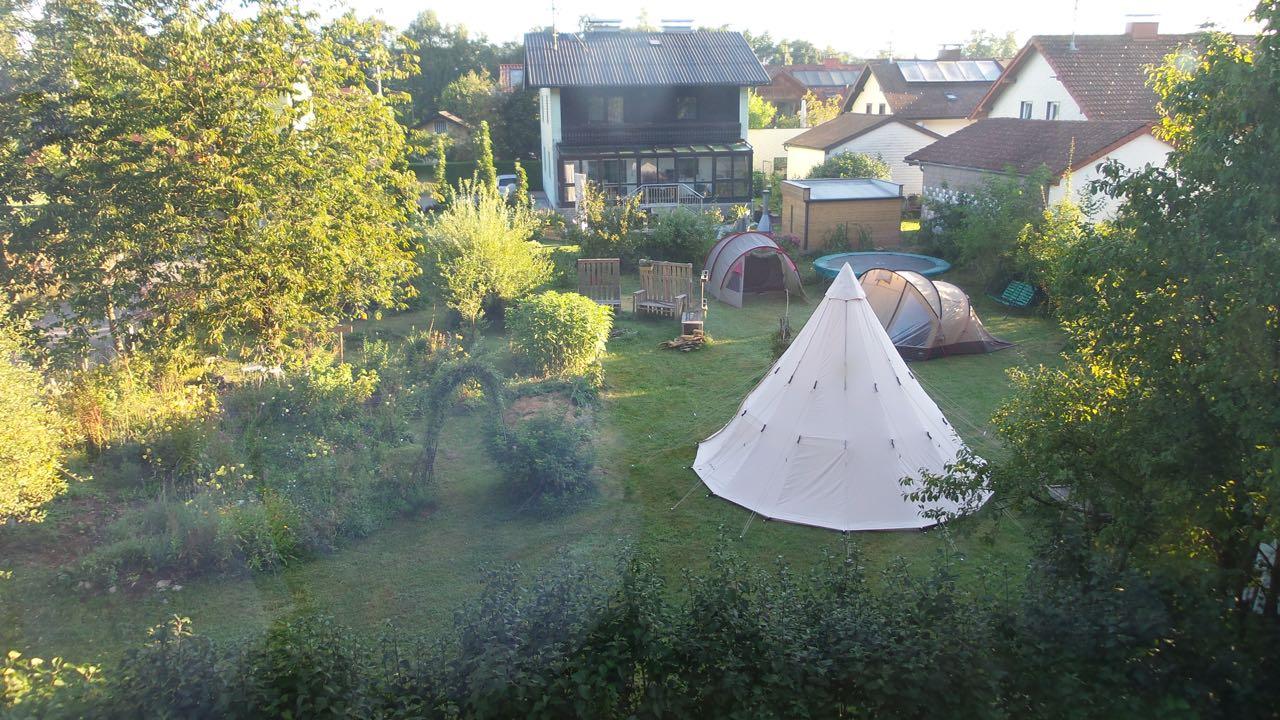 Garten = Campingplatz