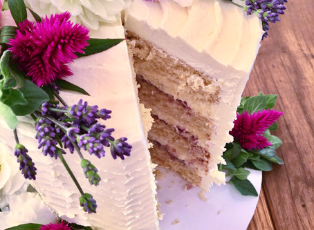 Choosing Your Wedding Cake Style & Designer