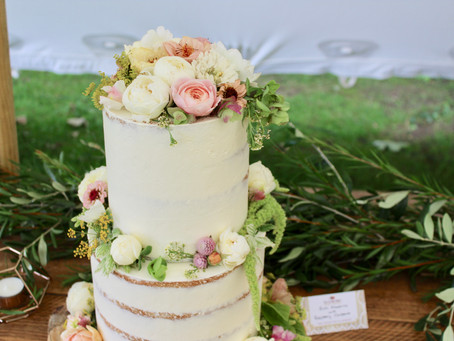 Naked, Semi-Naked and Fully Iced Wedding Cakes - Decisions Decisions!!!