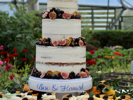 Seven ways to make your wedding cake the perfect fit for a Cornish Eco-Wedding