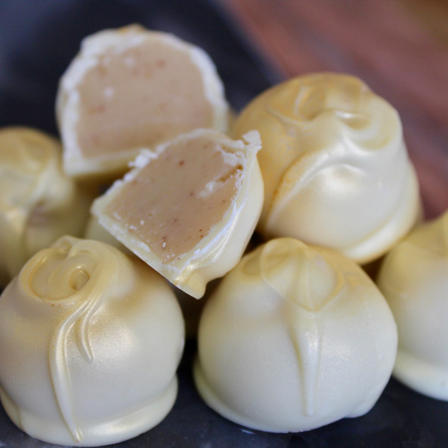 Amaretto White Chocolate Truffles