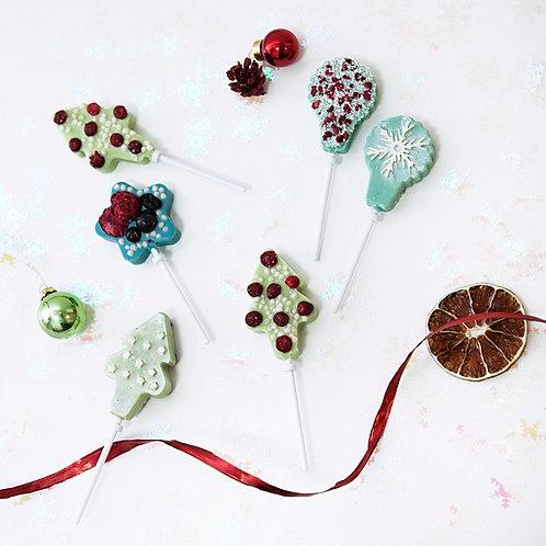 Новогодний цветной шоколад на палочках с ягодами и фруктами (20 гр.)