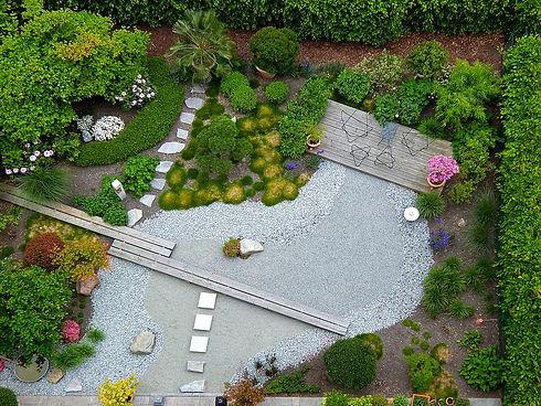 garden-landscaping-1684852_960_720.jpg