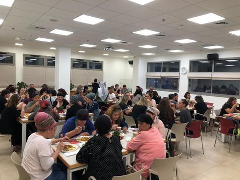 אירוח קבוצות בצפון מסעדה כשרה