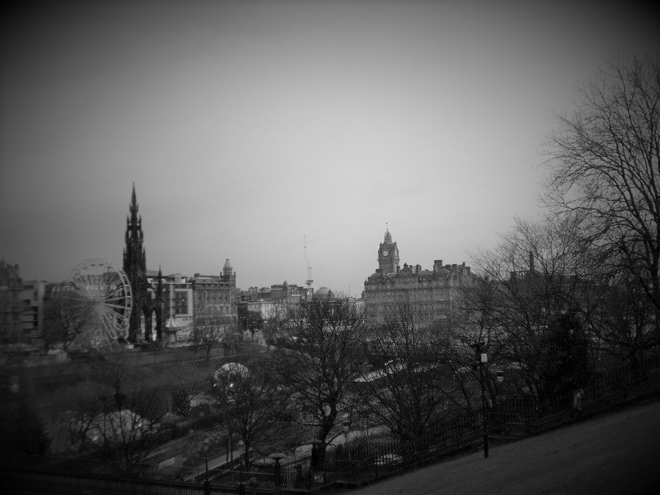 Edimburgo, monumento a Scott, parque