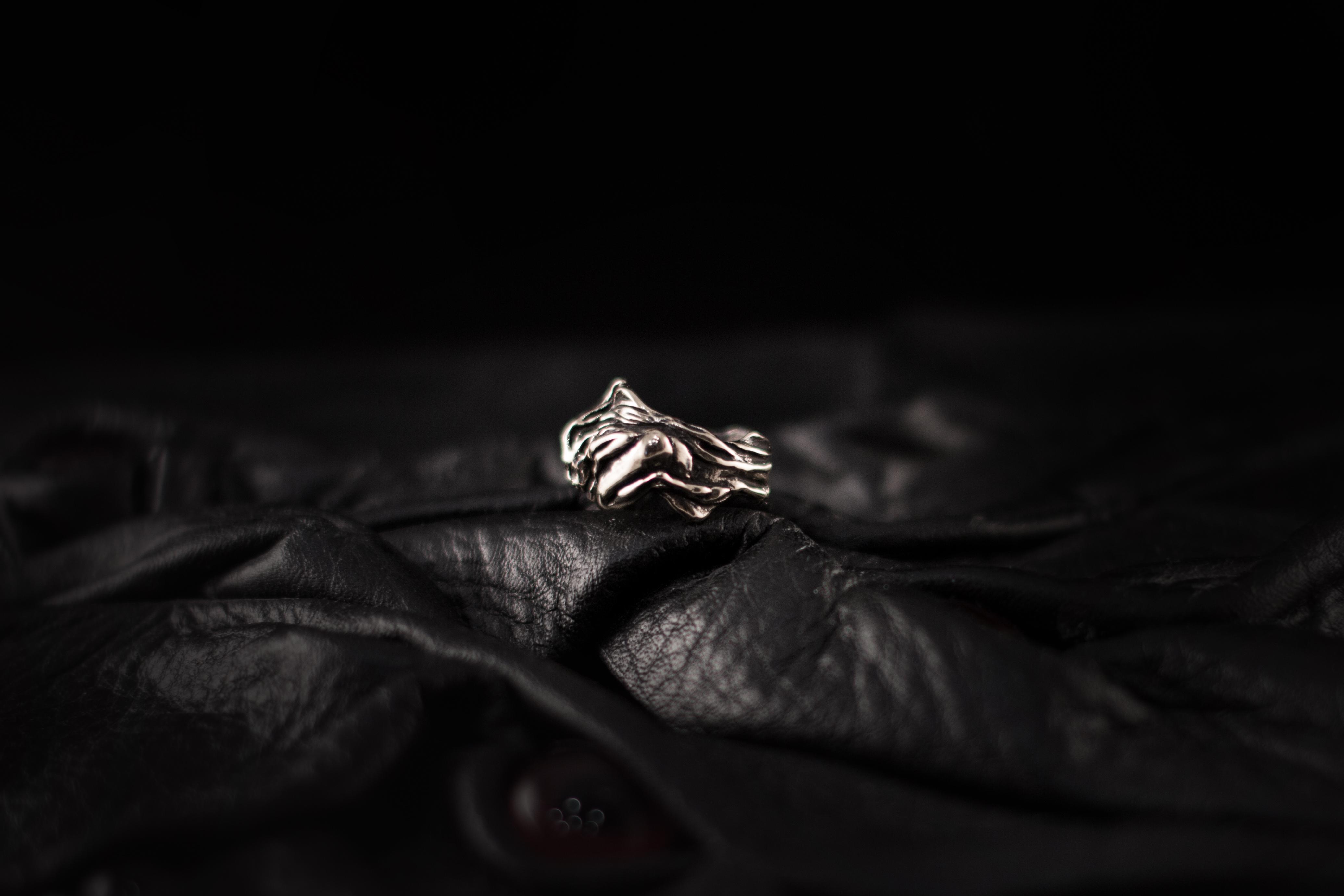 """Парное кольцо """"Корвус и Элейн"""""""