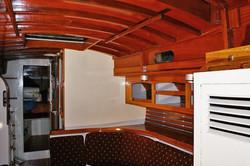 18 Saloon deck head