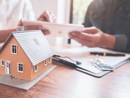 Confier la vente de sa maison à un courtier immobilier