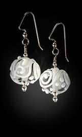 E013 Summer Fancy White Scribbles Earrings