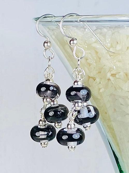 E152 Six Baby Bead Earrings Filigrana Beads Black/Black/Black