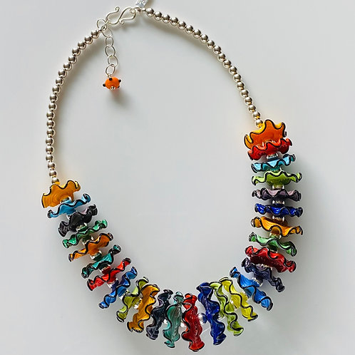 N002  Multicolor Opaque Ruffle w/Black Trim 3/4 Necklace