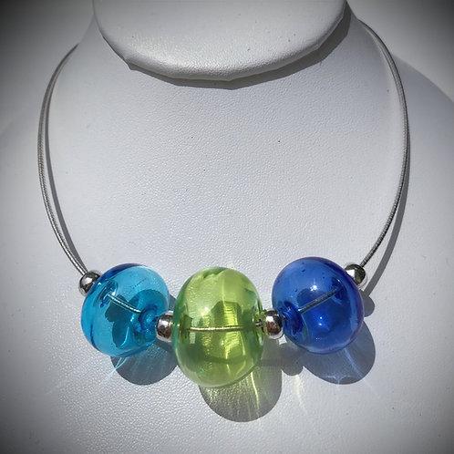 N190 3 Hollow Bead Necklace - Transparent Sky Blue/Lime/Deep Blue