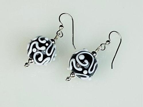 E170 Dots & Swirls Earrings Opaque Round Beads Black w/White Scribbles