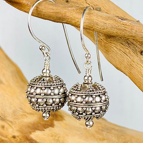 E235 Bali Bead Sterling Silver Sparkling Earrings - E235