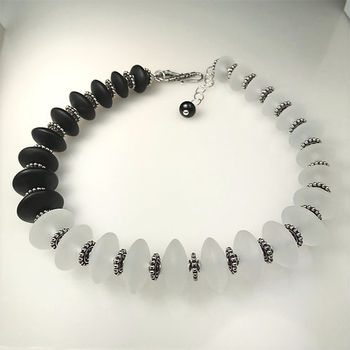 N093 Etched Transparent White & Black Chunky Saucer Necklace Asymmetrical