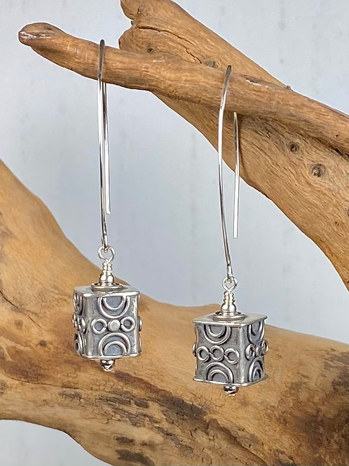 E238 Bali Bead Sterling Silver Sparkling Earrings - E238