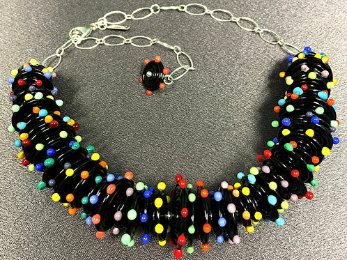 N027 Black Opaque Disc Bead 3/4 Necklace