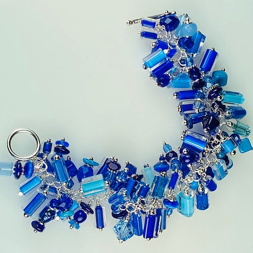 B016 Cha-Cha Bracelet Furnace Glass Beads Multiple Blues