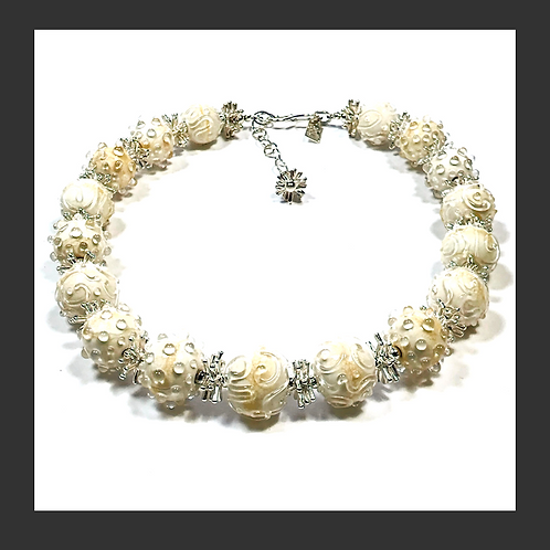 N011 Opaque Ivory Round Bead Necklace w/Clear Scribbles