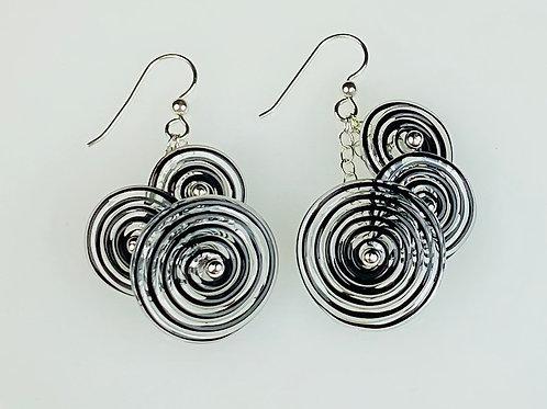 E054 Flying Saucer Earrings 6 Black Filigrana Disc Beads