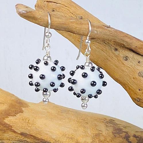 E165 Dots & Swirls Earrings Opaque Round Beads White w/Black Dots