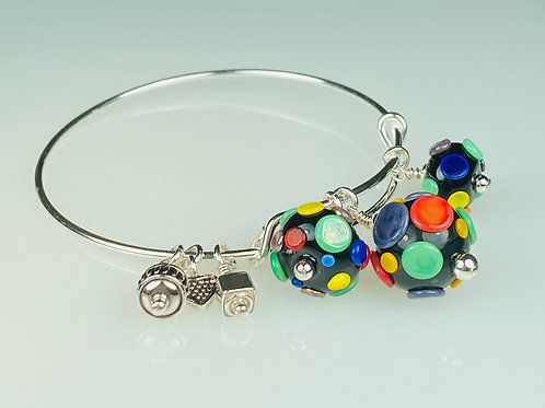 B070 A & A Bracelet Opaque Round Black Bead w/Pressed Dot Trim