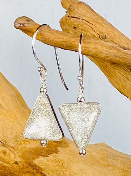 E231 Bali Bead Sterling Silver Sparkling Earrings - E231