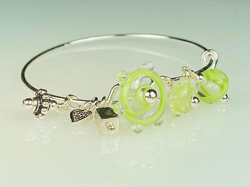 B063 A & A Bracelet Lime Filigrana Flat Round Bead w/Dot Trim