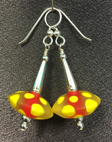 E004 Etched Encased Chunky Saucer Red & Yellow Earrings