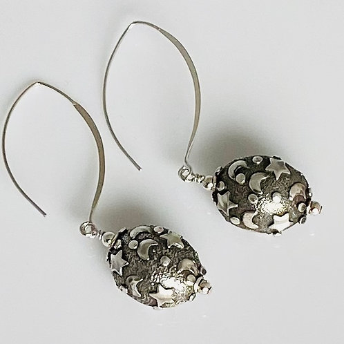 E223 Bali Bead Sterling Silver Sparkling Earrings - E223