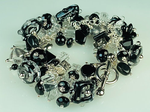 B018 Cha-Cha Black Bracelet Filigrana Square & Disc Beads w/Dot Trim