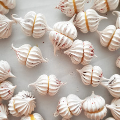 Meringue Kisses for Wedding Dessert Table