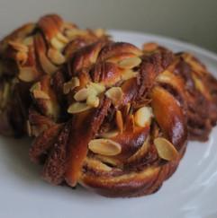 Cinnamon buns from wholesale menu