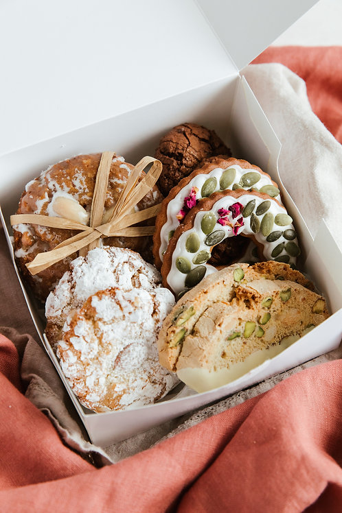 Small Christmas Biscuit Selection - POSTAL DELIVERY