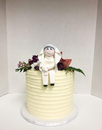 Custom Cake w/ Fondant Topper