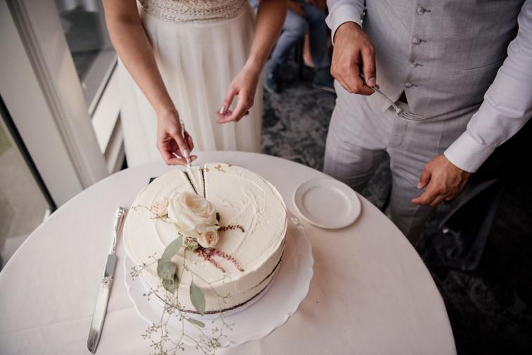 "10"" Round Cutting Cake"
