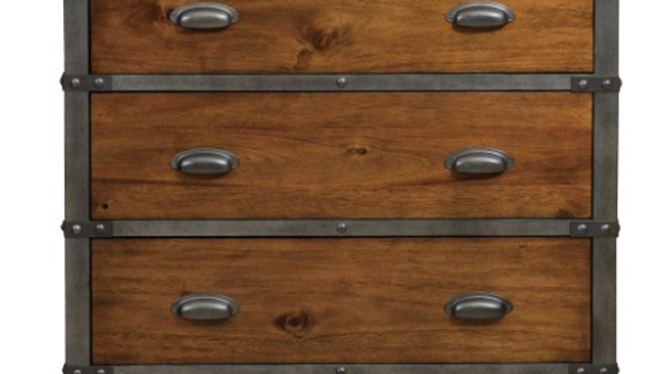 Holverson Collection Chest