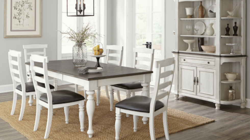 Bourbon County Dining Set