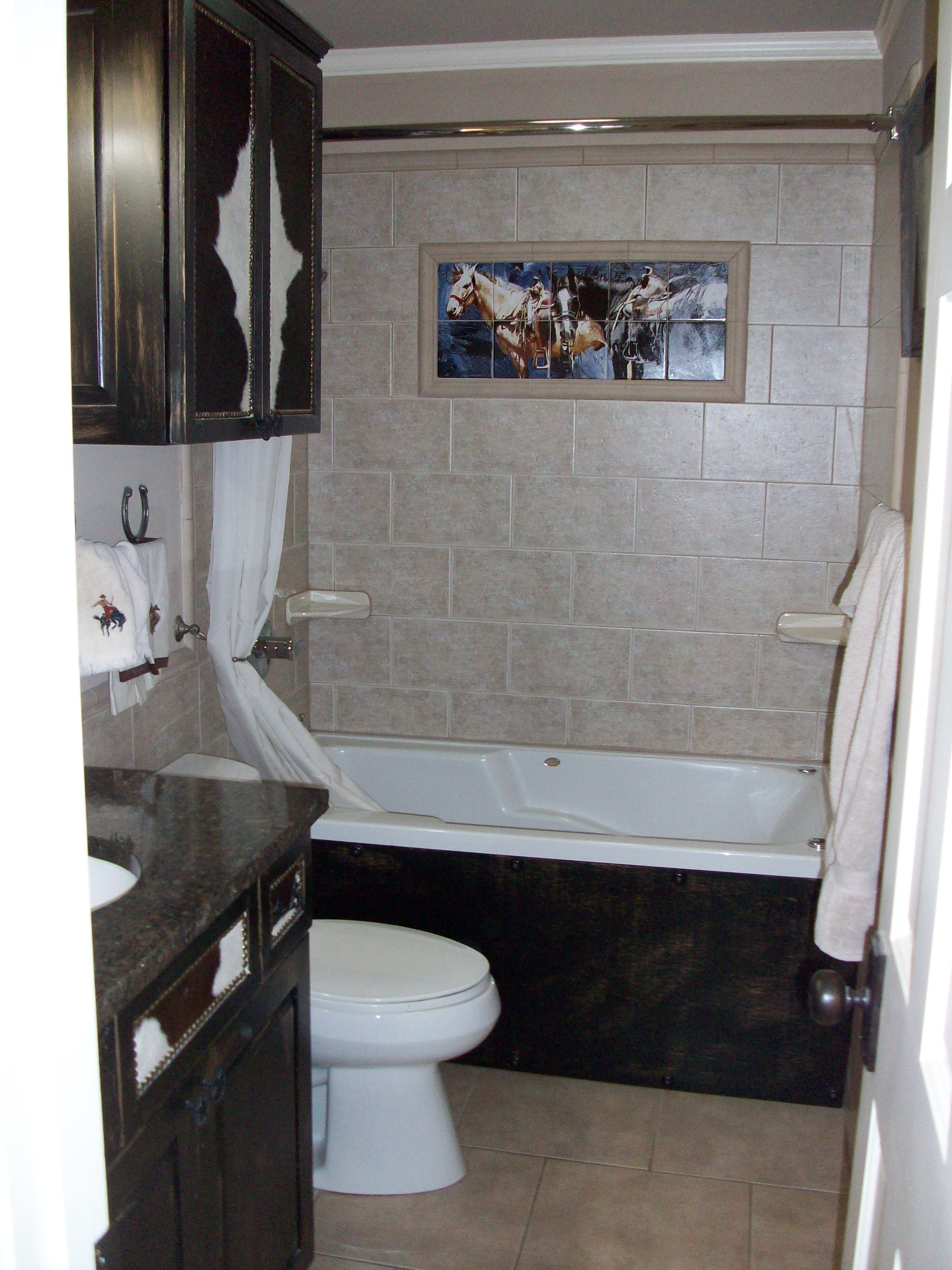 Cowgirl Bath with tile mural