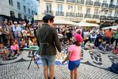 Billy Kidd street performer in Portugal.