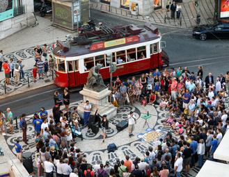Billy Kidd's crowd in Portugal.