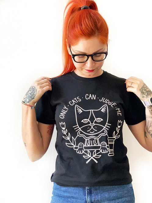 """""""ONLY CATS CAN JUDGE ME"""" tee NERA"""